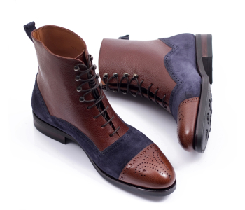 Boots 77011